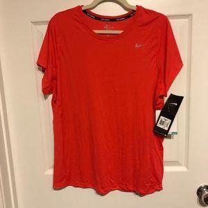 BNWT 1X Crimsom Nike Miler Short-Sleeve Running T